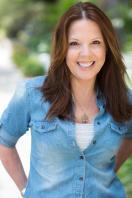 Julie Dolan - Press Kit 1